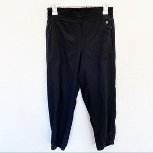 apana   Yoga Lifestyle Black Capri Athleisure Pant